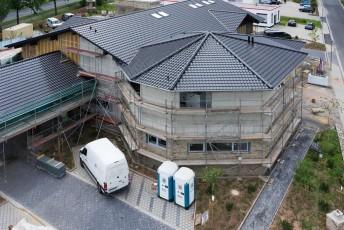 Neubau Dachstuhl Timberjacks - ein Barbecue-Restaurant  im massiven Blockhaus-Stil